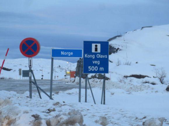 Общество, Беженцев-велосипедистов могут вернуть из Норвегии в Россию | Беженцев-велосипедистов могут вернуть из Норвегии в Россию