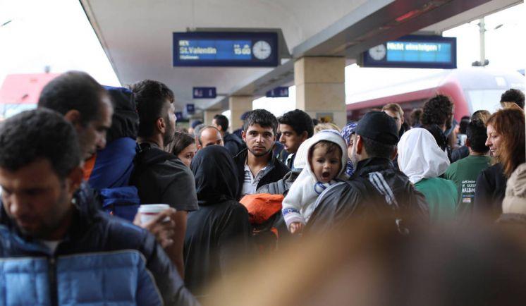 Общество, Власти Норвегии предлагают беженцам покинуть королевство за деньги | Власти Норвегии предлагают беженцам покинуть королевство за деньги
