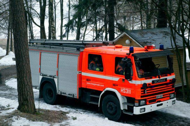 Общество, Хельсинки требуются пожарные-иммигранты |