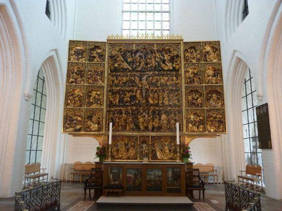 Общество, Датская церковь готова обсуждать правдивость библейских догматов | Датская церковь готова обсуждать правдивость библейских догматов