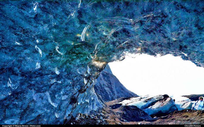 Туризм, В Исландии открылась крупнейшая в мире искусственная пещера изо льда |