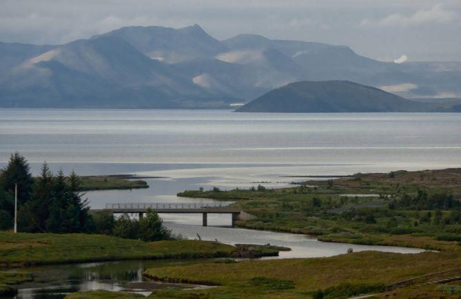 Полезная информация, Исландия просит туристов не превращать достопримечательности в туалеты | Исландия просит туристов не превращать достопримечательности в туалеты