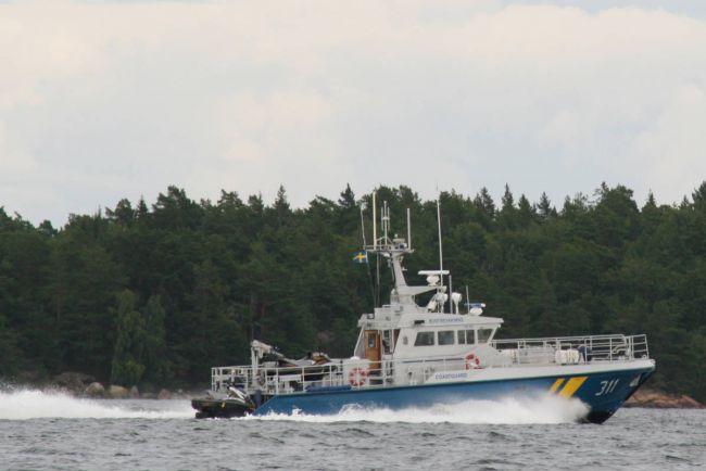 Общество, Корабль шведской береговой охраны  спас более 600 беженцев в Средиземном море | Корабль шведской береговой охраны  спас более 600 беженцев в Средиземном море