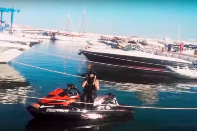 Картинки на водном мотоцике на море летом