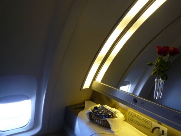 Калейдоскоп, Пилоту шведского пассажирского самолета пришлось прорубаться в туалет с топором   Пилоту шведского пассажирского самолета пришлось прорубаться в туалет с топором