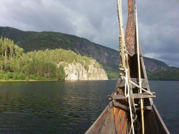 Общество, В Норвегии открыли школу викингов | В Норвегии открыли школу викингов