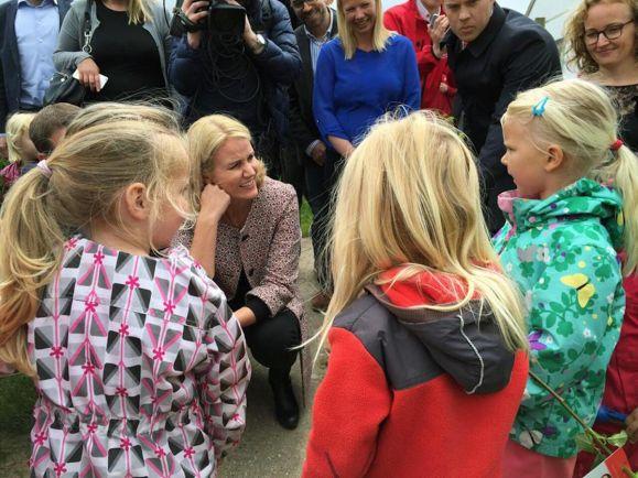 Общество, Бывшая премьер-министр Дании покидает политику и страну | Бывшая премьер-министр Дании покидает политику и страну