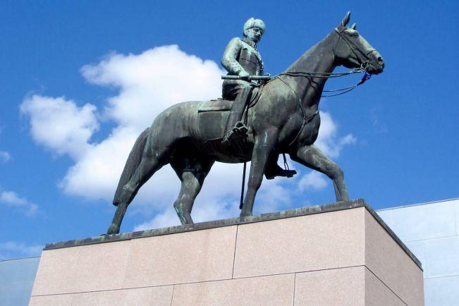Культура, Финский музей ищет компанию маршалу Маннергейму | Финский музей ищет компанию маршалу Маннергейму