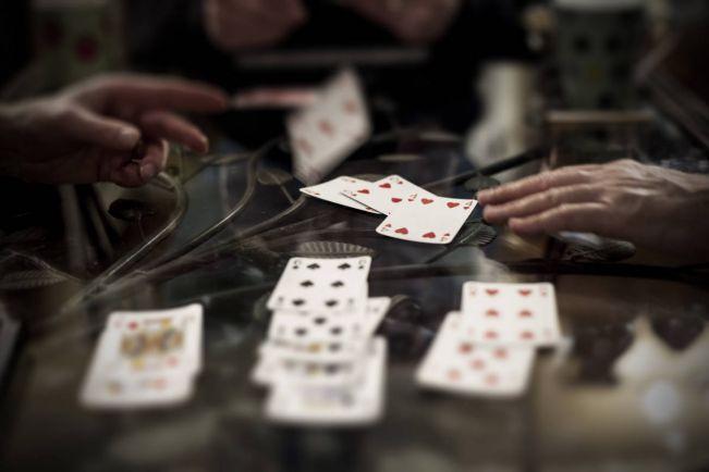 Калейдоскоп, Пенсионеров из Скандинавии арестовали в Таиланде за игру в бридж   Пенсионеров из Скандинавии арестовали в Таиланде за игру в бридж