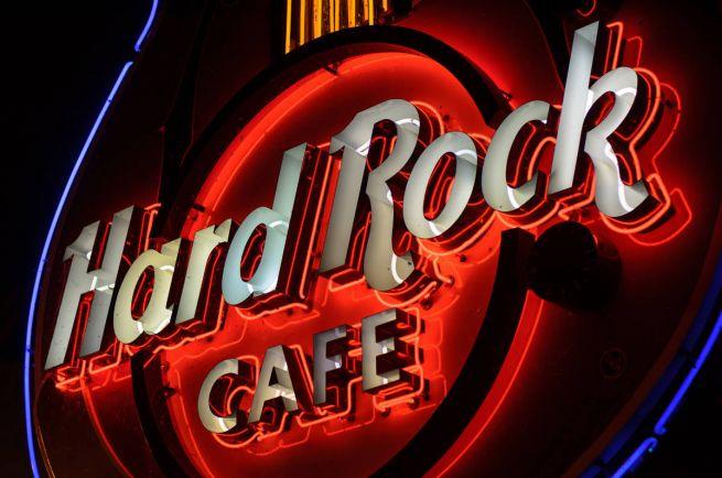Бизнес, Власти Рейкьявика против возвращения в город Hard Rock Café   Власти Рейкьявика против возвращения в город Hard Rock Café