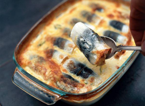Рецепты, Калалаатикко – запеченная в молоке сельдь с картофелем | Калалаатикко – запеченная в молоке сельдь с картофелем