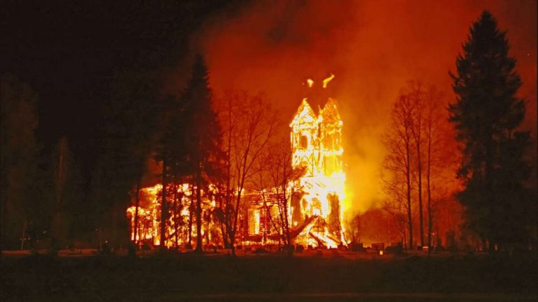 Калейдоскоп, На севере Финляндии сгорела церковь XVII века   На севере Финляндии сгорела церковь XVII века