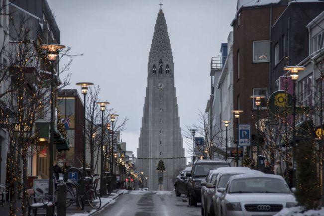 Калейдоскоп, Рост турпотока в Исландию увеличивает спрос на услуги проституток | Рост турпотока в Исландию увеличивает спрос на услуги проституток