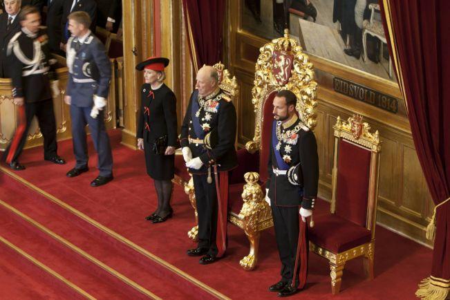Общество, Норвежские журналисты призывают покончить с монархией | Норвежские журналисты призывают покончить с монархией