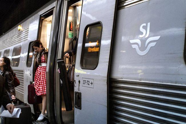 Калейдоскоп, Поезд Стокгольм-Мальмё остановился на шесть часов из-за аварии   Поезд Стокгольм-Мальмё остановился на шесть часов из-за аварии