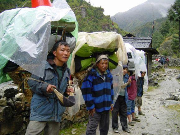 Туризм, Непальские шерпы благоустраивают подъём на высочайшую вершину Швеции | Непальские шерпы благоустраивают подъём на высочайшую вершину Швеции