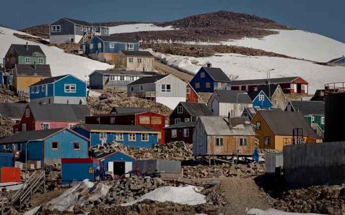 Общество, Гренландия требует провести очистку американских баз времён «Холодной войны» | Гренландия требует провести очистку американских баз времён «Холодной войны»
