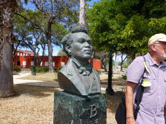 Общество, Скульптуры напомнят датчанам о колониальном прошлом их страны | Скульптуры напомнят датчанам о колониальном прошлом их страны